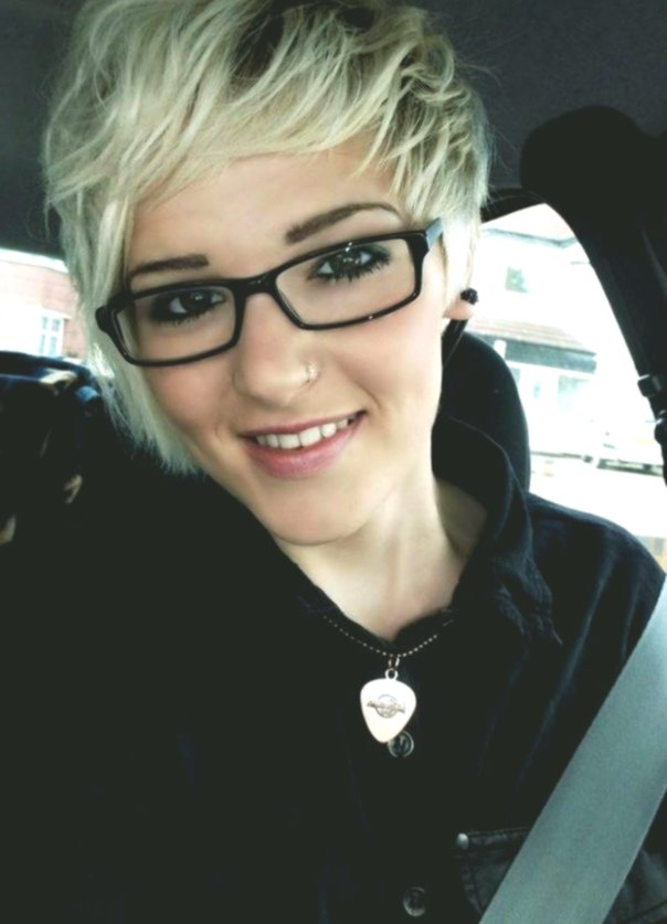elegant short hairstyles with glasses idea modern short hairstyles with glasses decoration