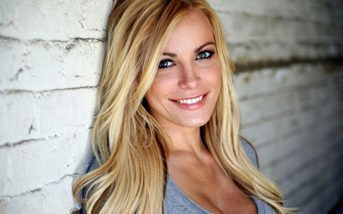 beautiful blonde hair strands decoration-Lovely blonde hair strands wall