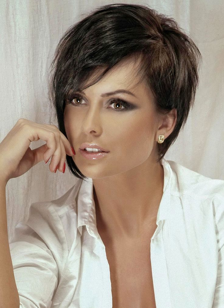 pretty short hairstyles fringy background-charming short hairstyles fringed models
