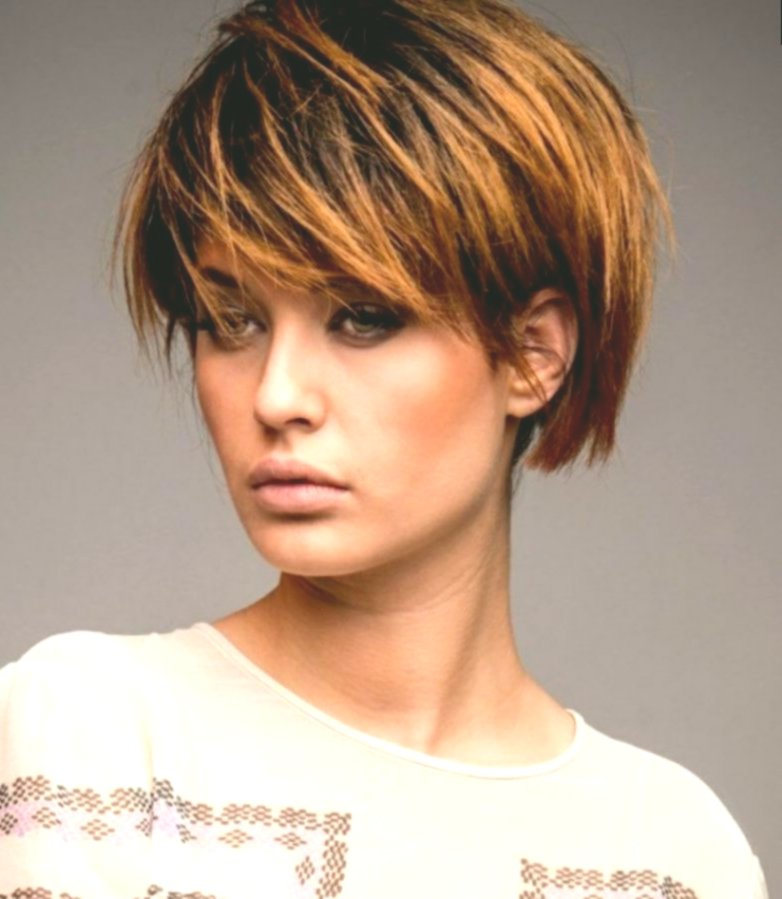 Stylish Hairstyles Medium Long Women's Photo-Modern Hairstyles Mid-Length Women's Decoration