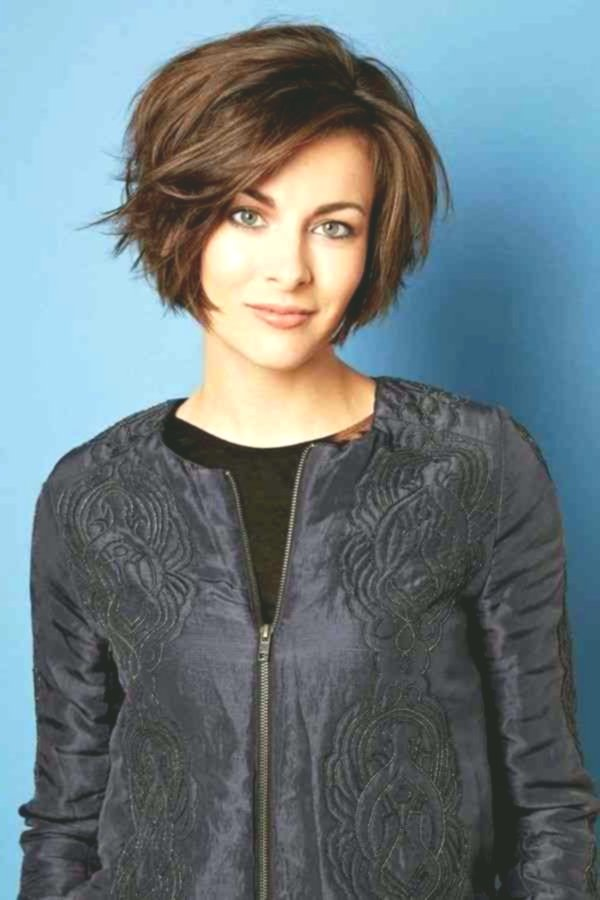 best of hairstyles lure medium length collection-Modern hairstyles curls middle-length layout