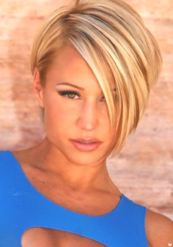 23 Short Layered Haircuts Ideen für Frauen