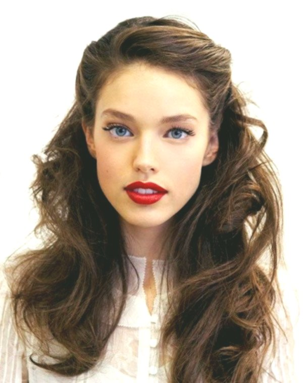 contemporary brown hair with strands portrait - lovely brown hair with strands image