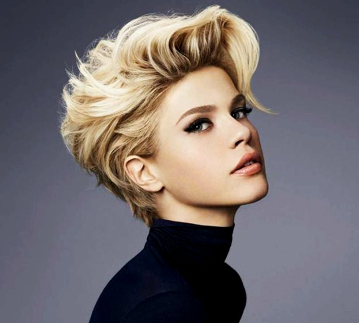 Unique Ladies Short Hairstyle Inspiration - Lovely Ladies Short Haircut Image