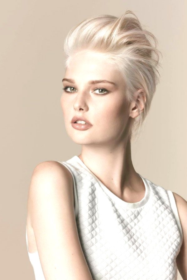 Beautiful Hair Blondes Model-Excellent Hair Same Blonding Concepts