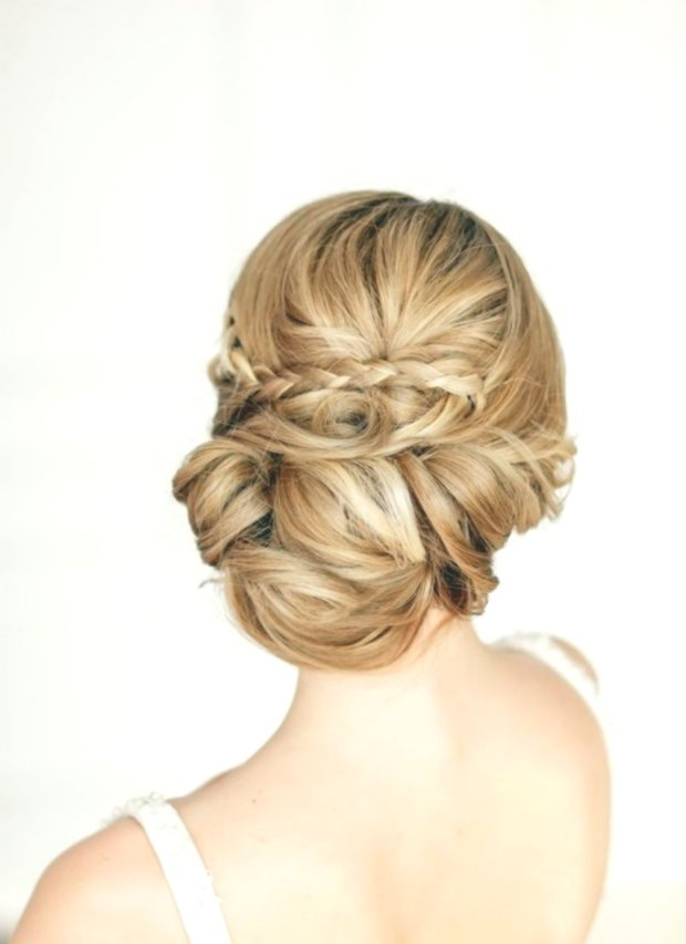 Fancy Wedding Hairstyles With Veil Image-Finest Wedding Hairstyles With Veil Design
