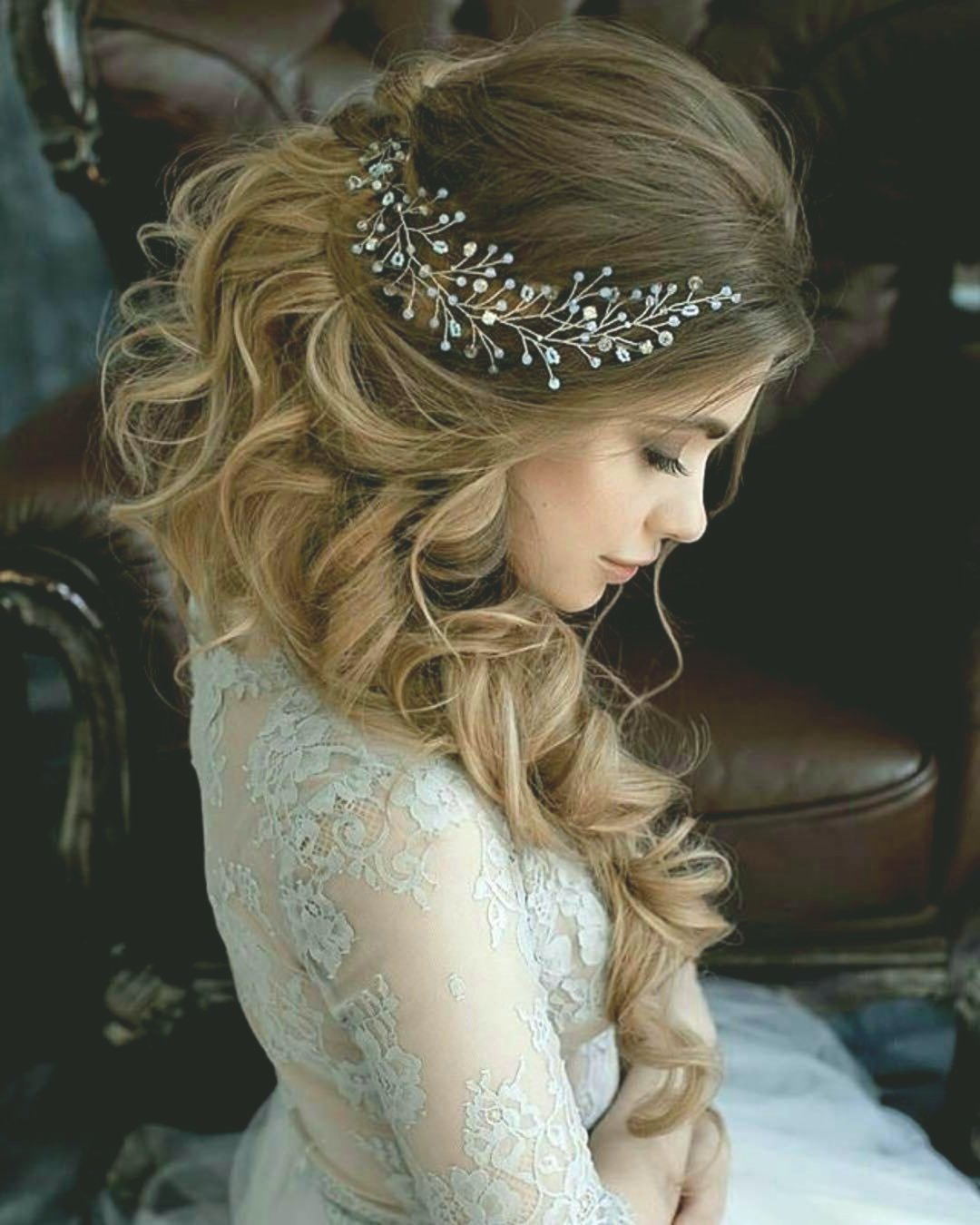 fancy updos bride model-Wonderful updos bridal design