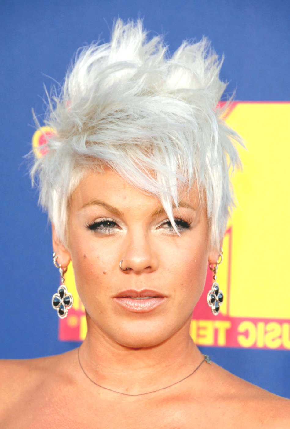 new hairstyles pink photo-elegant hairstyles pink picture