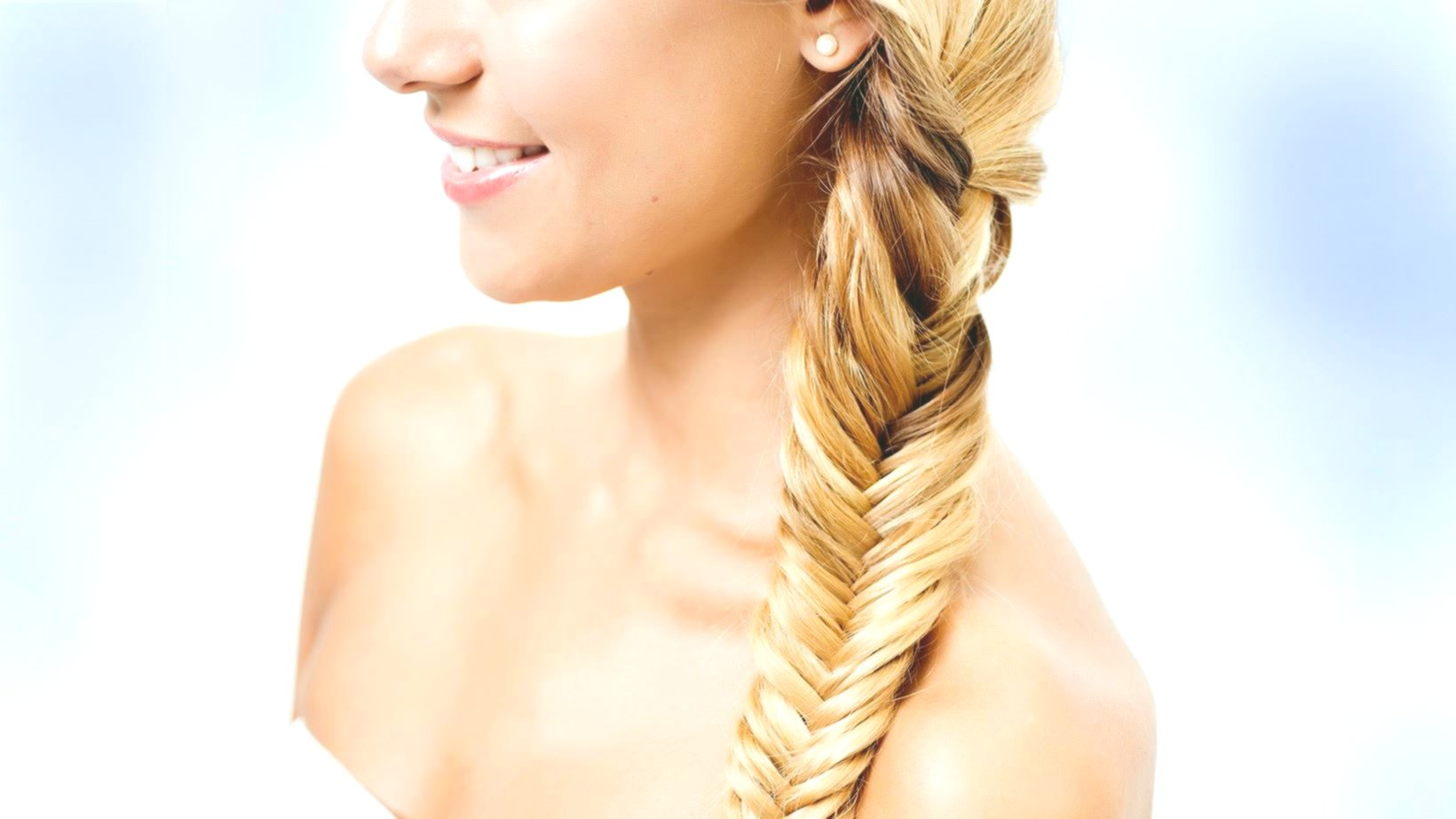 beautiful hair self braiding portrait-modern hair self braiding models
