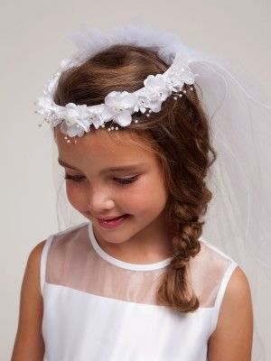 lovely flower girl hairstyles background - Elegant flower girl hairstyles portrait
