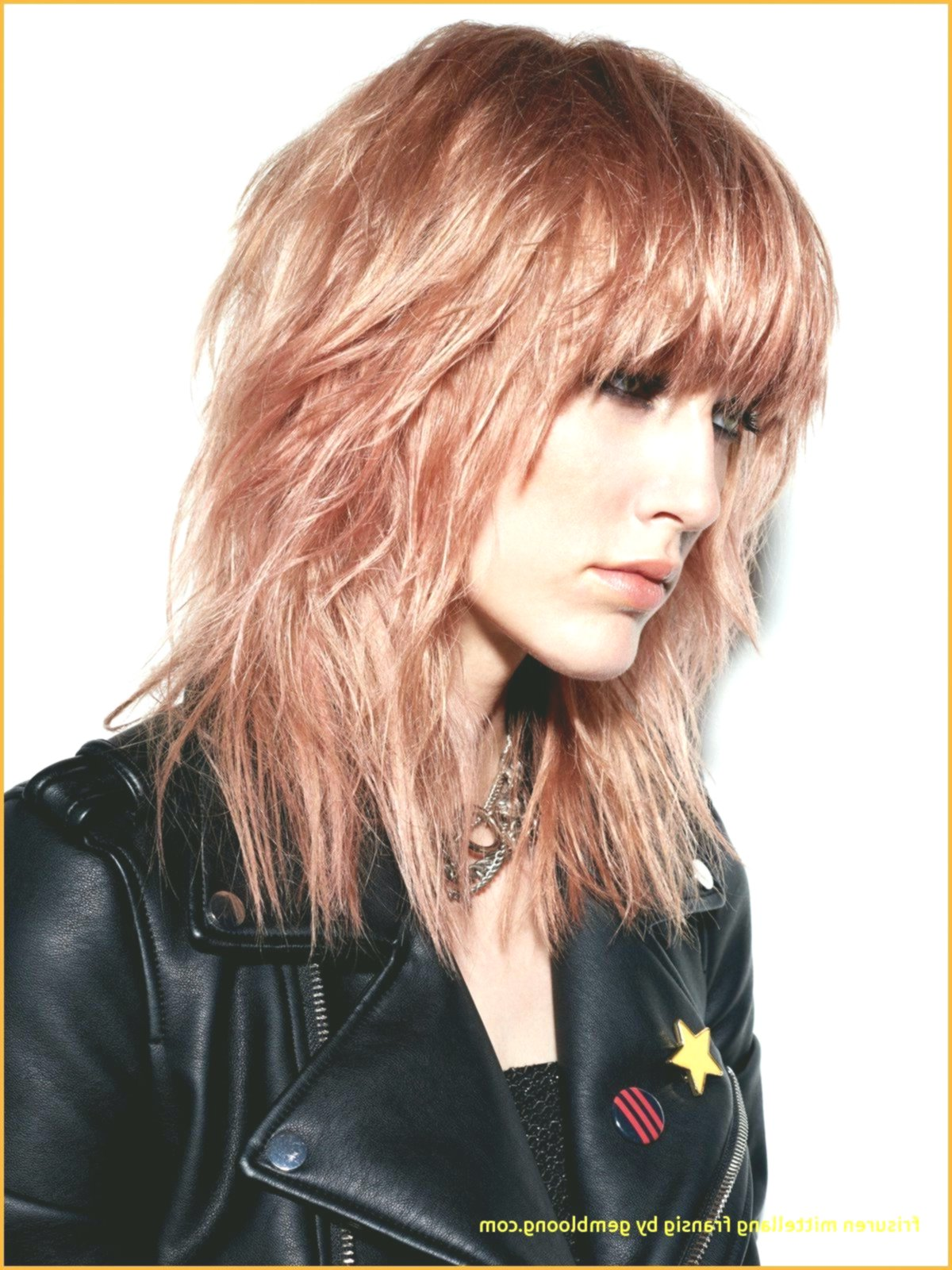 Lovely Bob Hairstyles Tiered Short Design Beautiful Bob Hairstyles Tiered Short Decoration