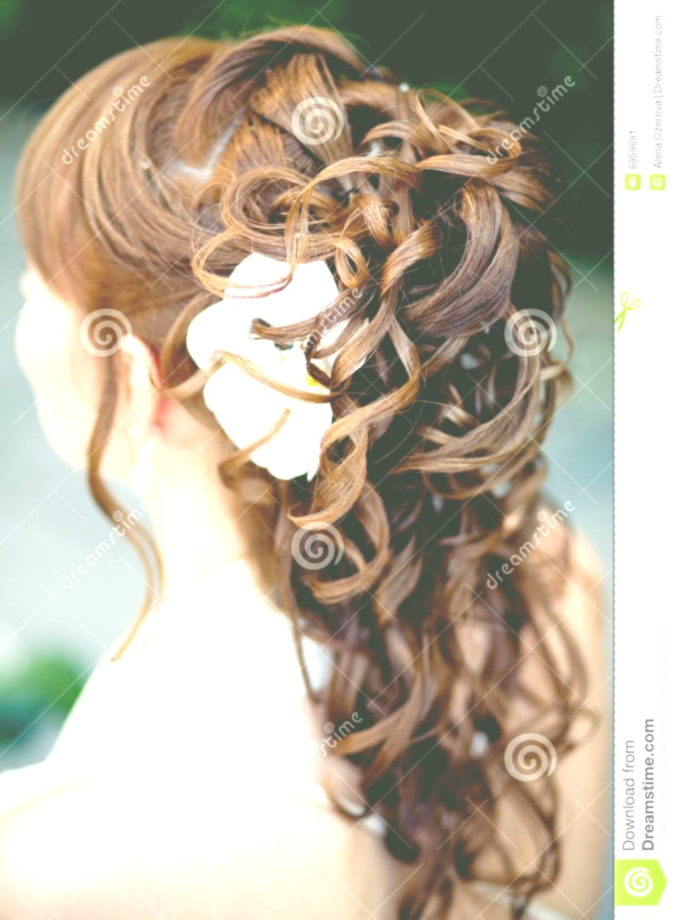 Excellent bridal hairstyle with flowers Architecture Amazing Bridal Hairstyle With Flowers Gallery