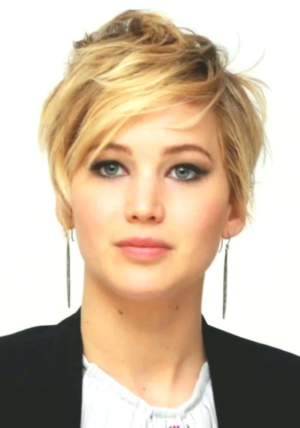 Fascinating Very Short Hair Woman Collection Modern Very Short Hair Woman Design