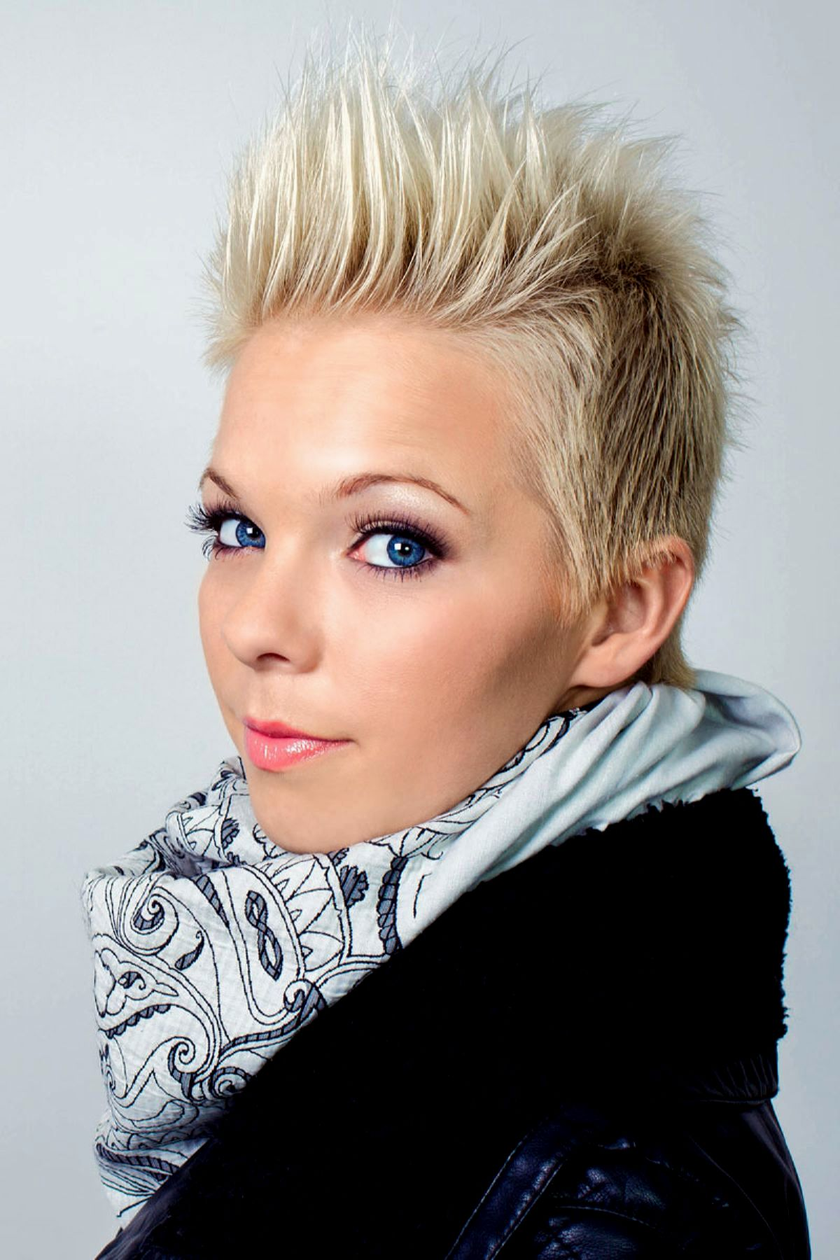new upbeat hairstyles collection-Amazing Lively short hairstyles photo