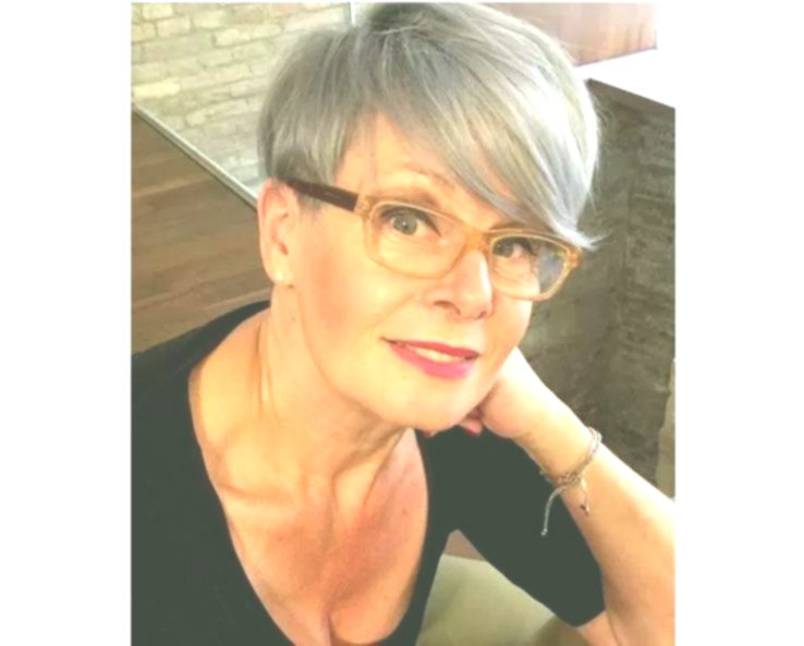 modern hairstyles for 50 year old women photo-sensational hairstyles for 50 year old women pattern