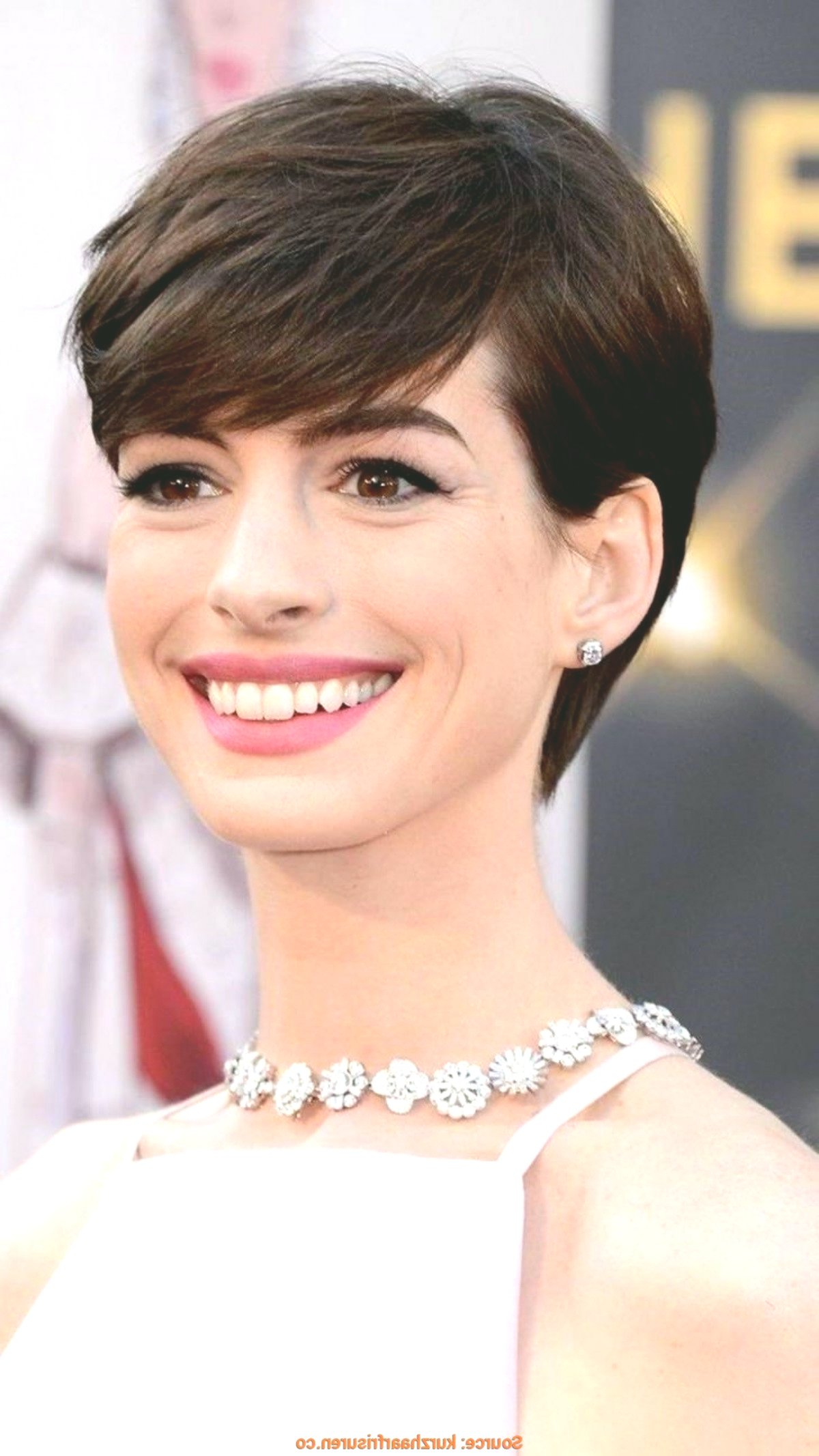 contemporary hairstyles for slim faces décor-Wonderful Hairstyles For Narrow-Faces Decoration