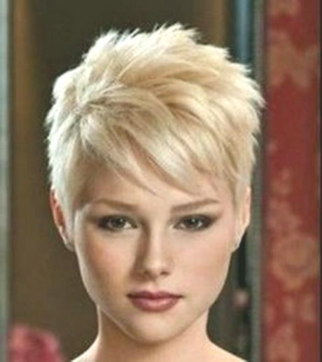 incredibly short hairstyles from 40 model-Cute short hairstyles From 40 models