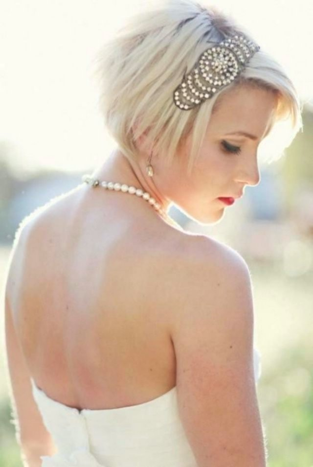 beautiful braided hair short hair decoration-Modern braiding Short hair pattern
