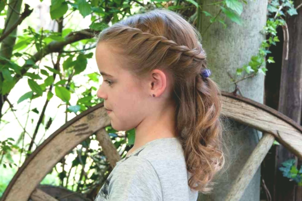 Excellent wedding hairstyles for kids Photo Picture Amazing Wedding Hairstyles For Kids Gallery