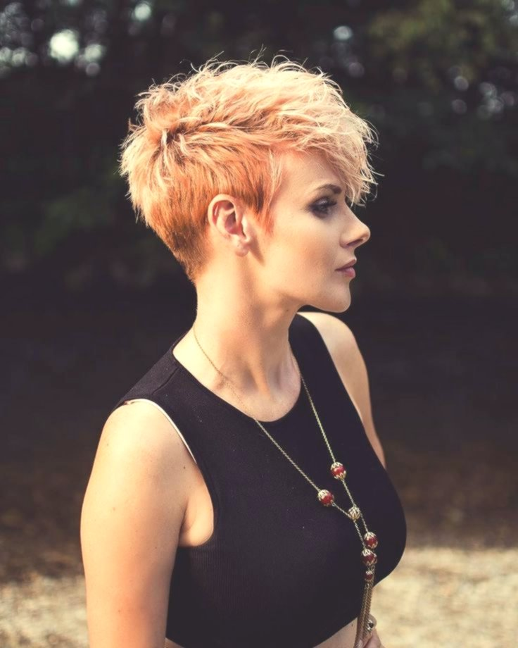 Inspirational Oval Face Hairstyle. Design Charming. Oval Face Hairstyle. Portrait
