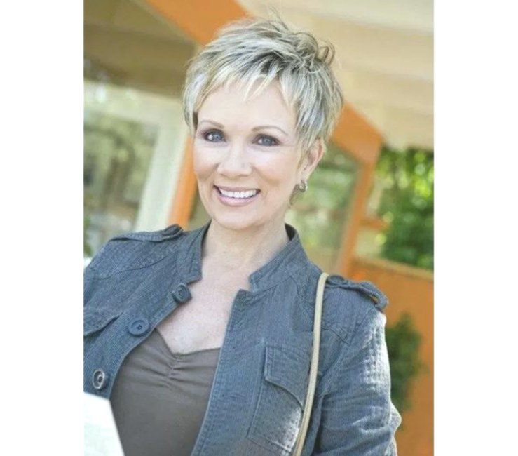 lovely hairstyles for 50 year old women pattern-sensational hairstyles for 50 year old women pattern