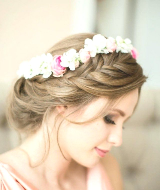 terribly cool wedding hairstyles with floral décor-Fantastic wedding hairstyles With floral decoration