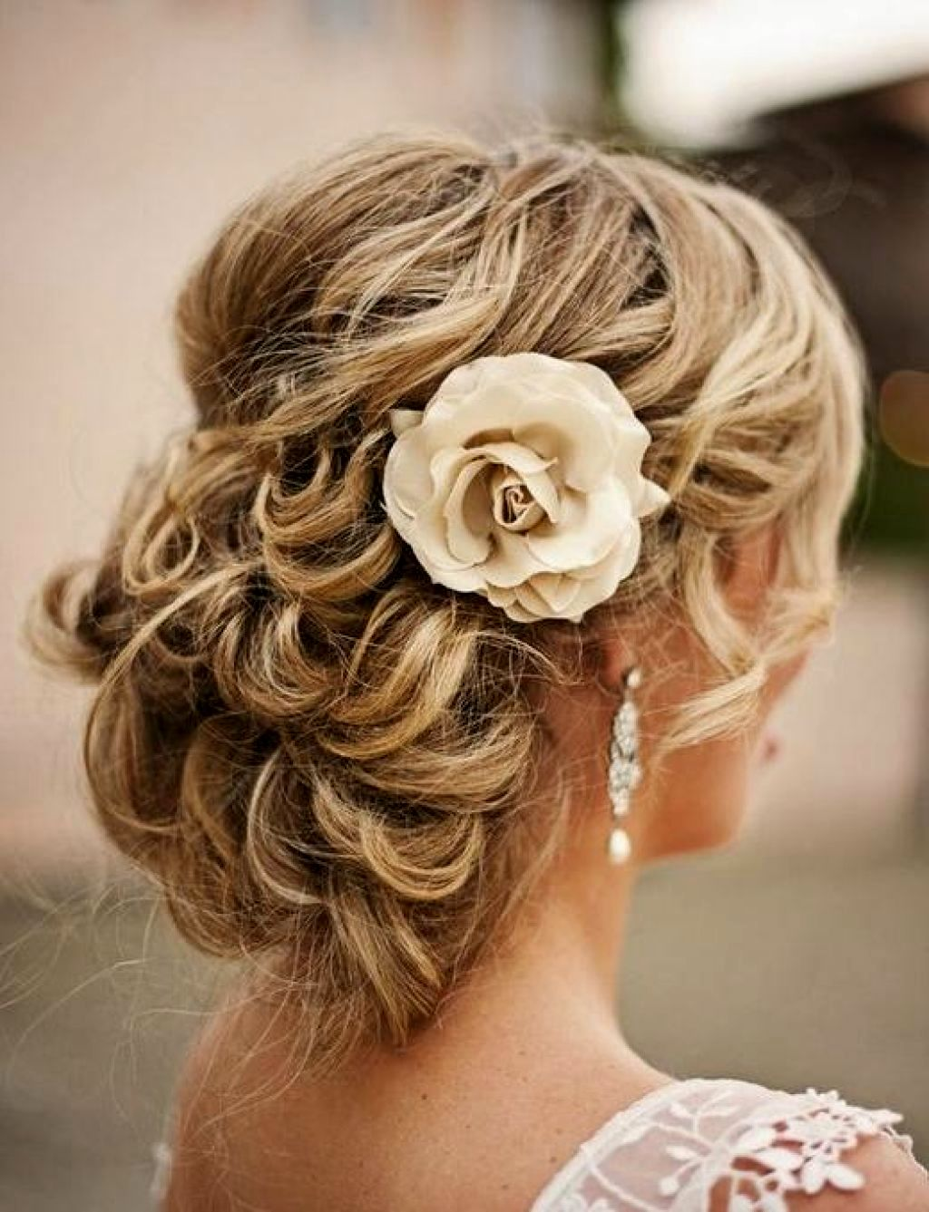 lovely hairstyles with long hair décor-stylish hairstyles with long-haired models