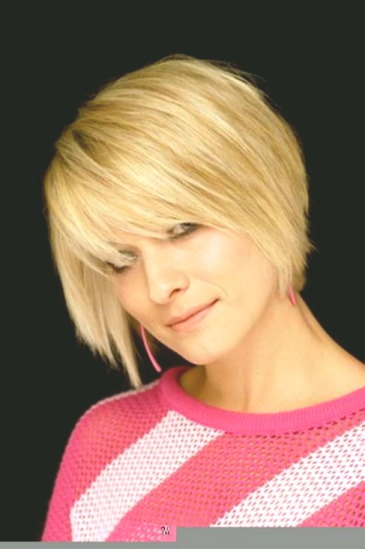 top bob hairstyles back-to-back design-modern Bob hairstyles back of the head tiered construction