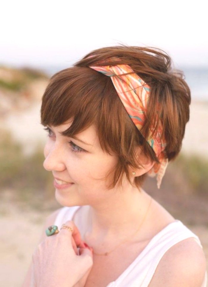 finest hair band hairstyle short hair photo-Cute Hairband Hairstyle Short Hair Model