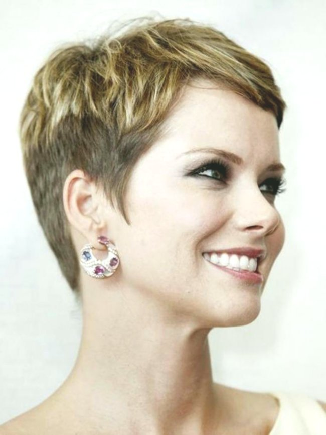 Stylish Short Hairstyles For Girls Model-Elegant Short Hairstyles For Girls Gallery