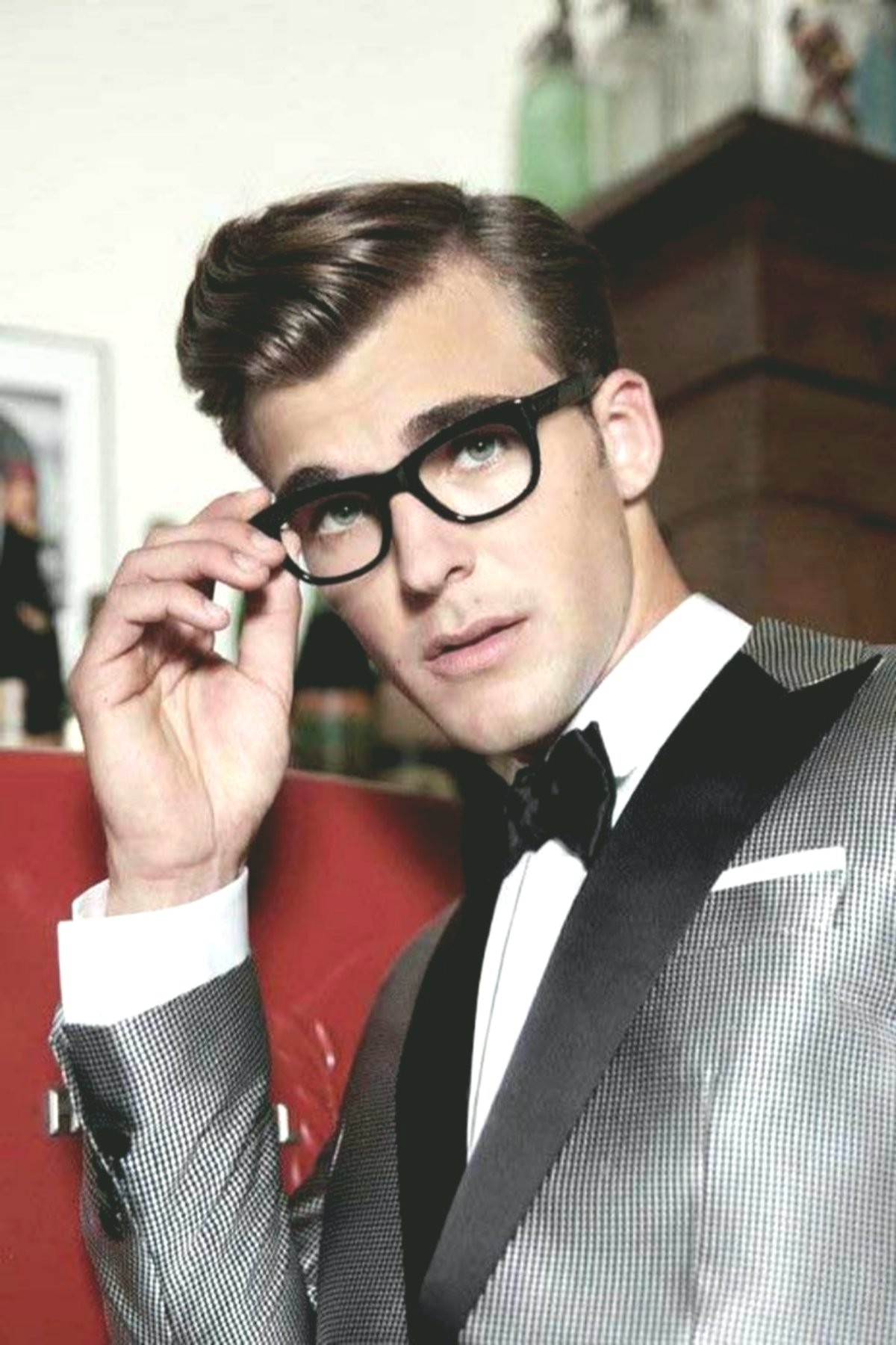 modern curls hairstyle men model Amazing curls hairstyle men concepts