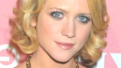 Photo of Brittany Snow Short hair cuts for curly hair