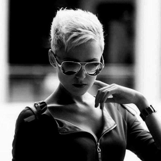 Best Very Short Hair Women's Dcor Fancy Pretty Short Hair Women Photography