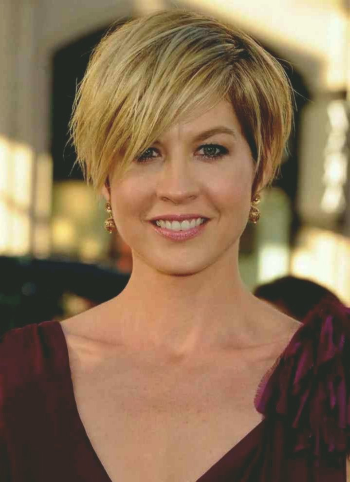 wonderfully stunning short hairstyles with glasses collection-Modern short hairstyles With glasses decoration