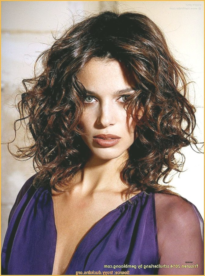 Elegant Bob Hairstyles Curls Pattern Wonderful Bob Hairstyles Curls Photography