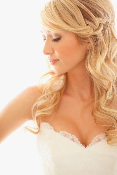 Lovely wedding hairstyles curls decoration-Breathtaking wedding hairstyles curls models