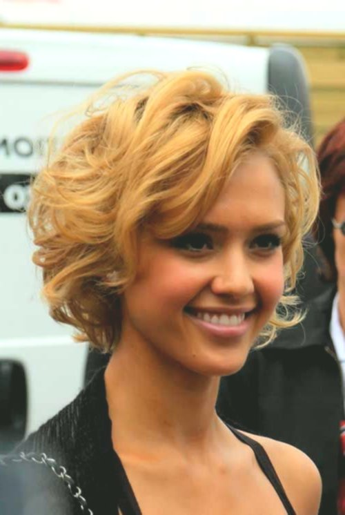 fascinating short hair with curls portrait-Cute Short Hair With Curls Reviews