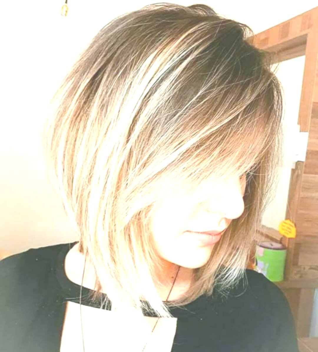 10 Hallo-Fashion Short Haircut für Dickes Haar Ideen & Farboptionen