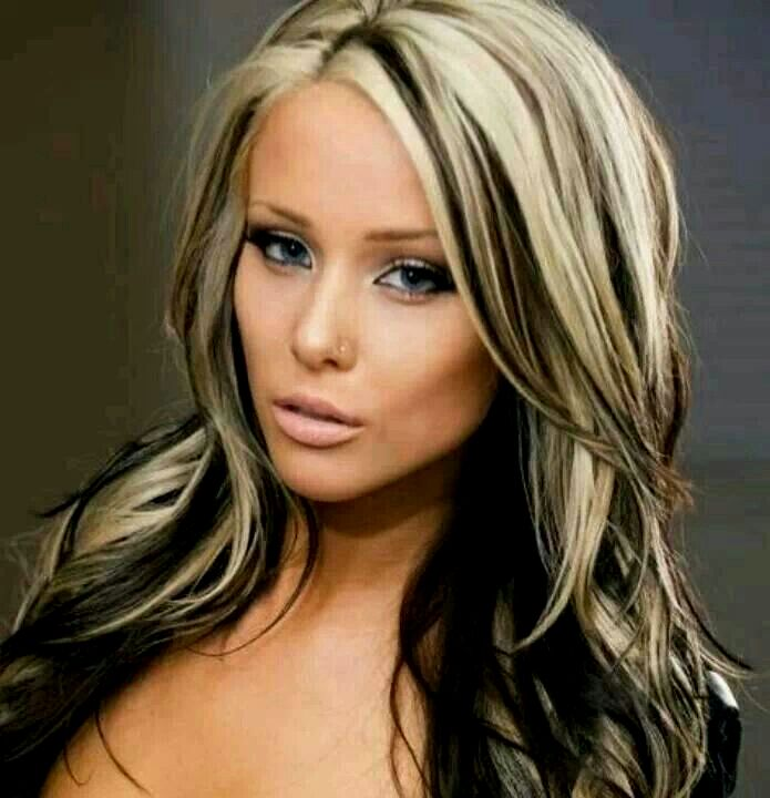 fantastic black hair with blond strands model-fancy black hair with blond strands photo