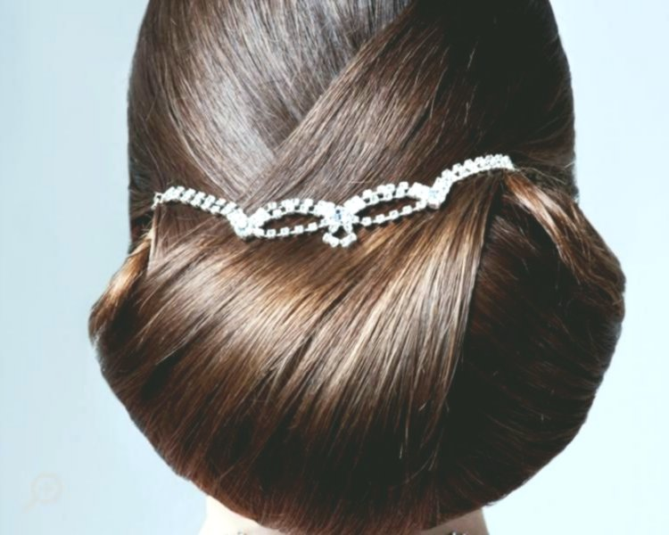 beautiful bridal hairstyles pinned up ideas - modern bride hairstyles pinned up decoration