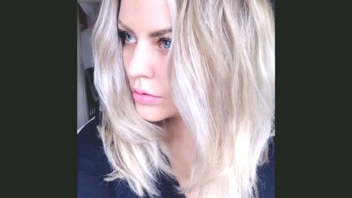 Beautiful medium-long hairstyles women's model-Excellent mid-length hairstyles women gallery