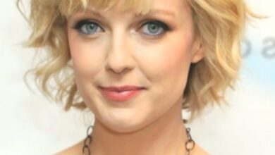 Photo of Lauren Laverne Blonde short waves hairstyles