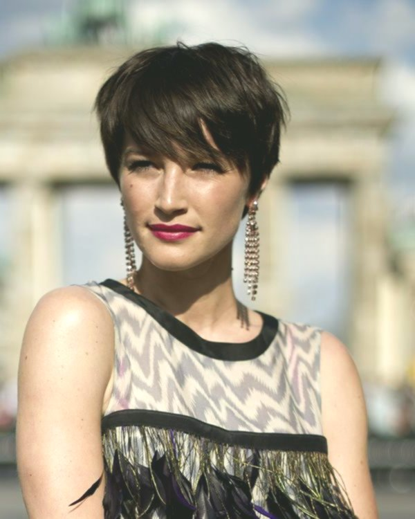 Contemporary Shorthair Women's Photo - Fascinating Shorthair Women's Collection