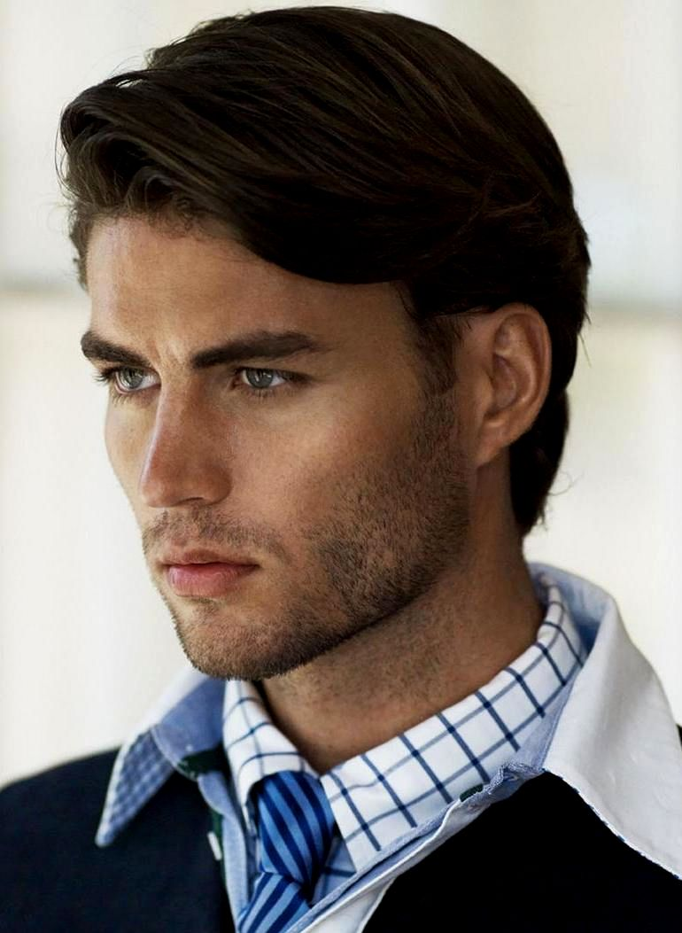 New Men Hairstyles Little Hair Background-Charming Men Hairstyling Little Hair Portrait